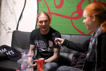 Maurice Swinkels im Interview mit Negative White (Foto: Sacha Saxer)
