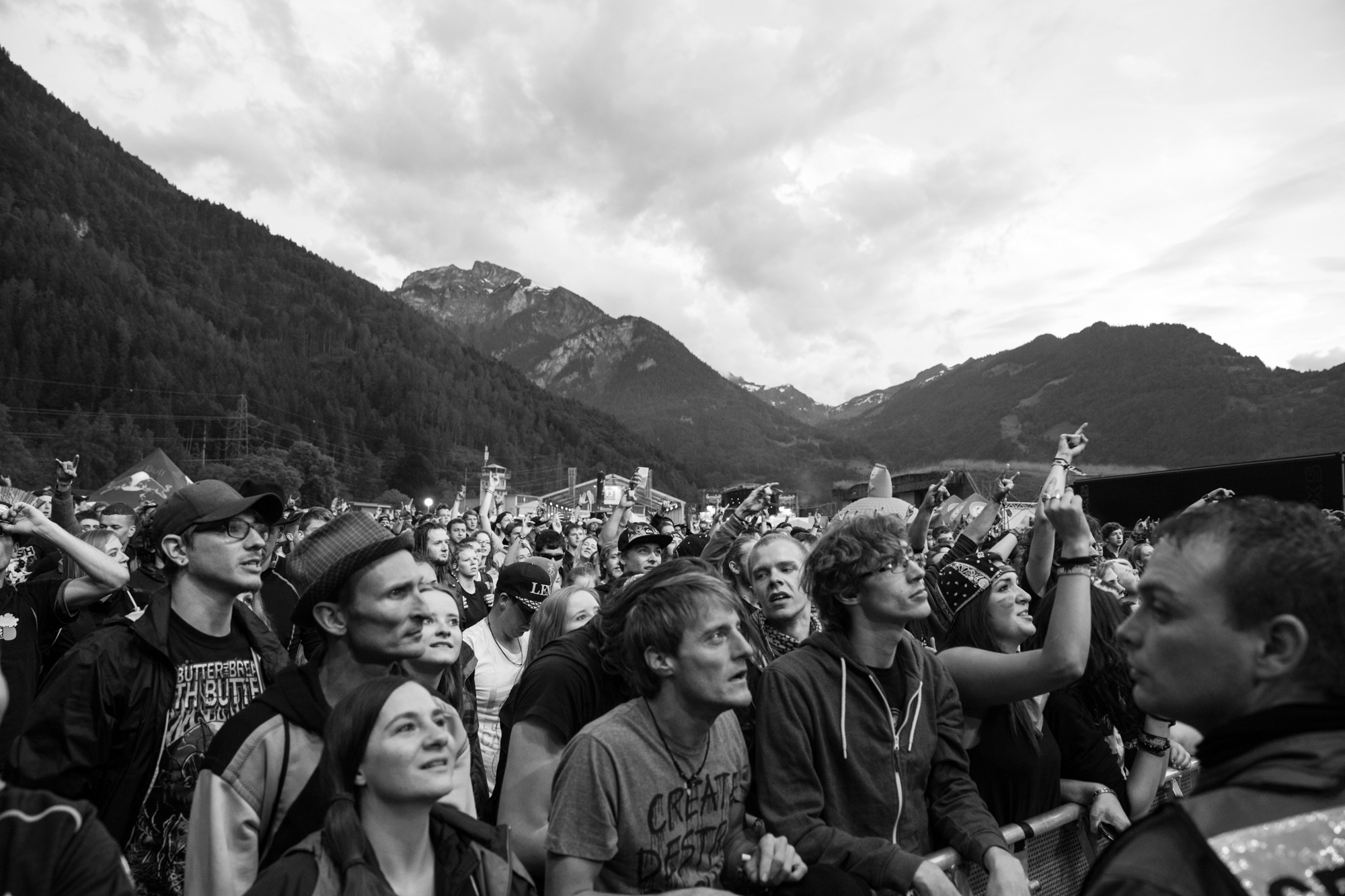 2016-06-11_We-Came-As-Romans_028